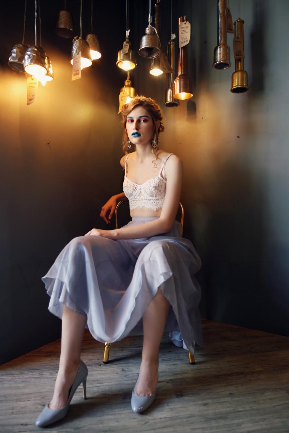 Экстравагантная юбка в бельевом стиле