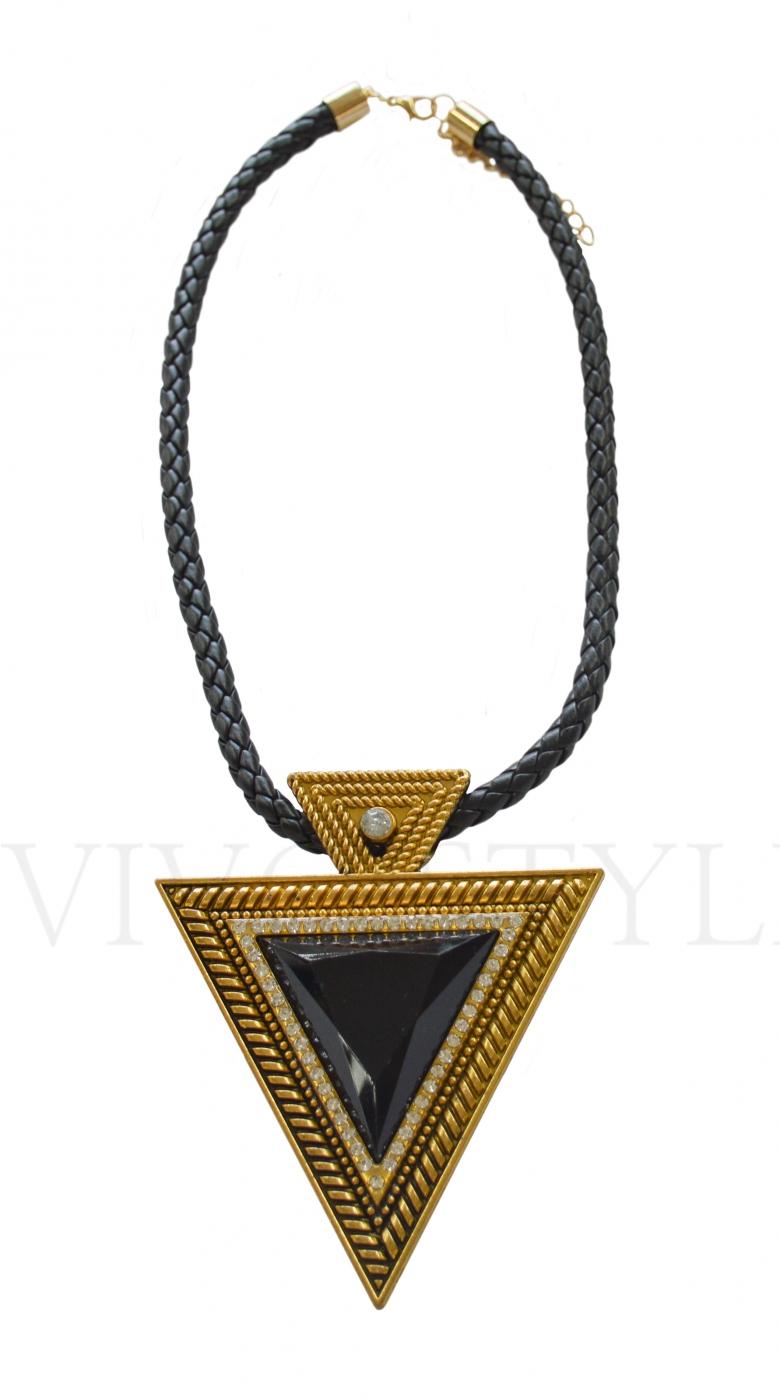 Колье с египетским элементом