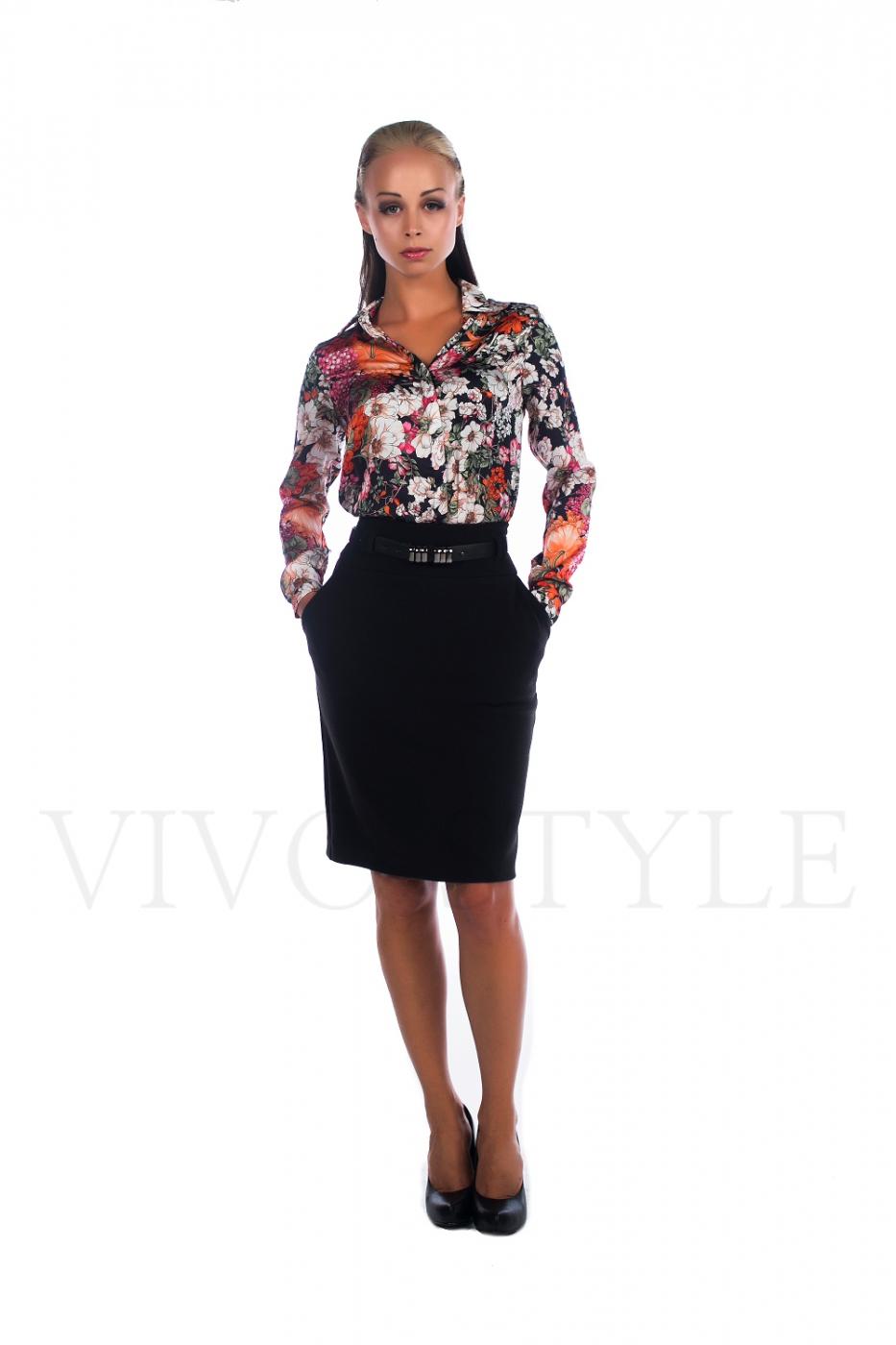 Блуза женская с модным цветочным принтом