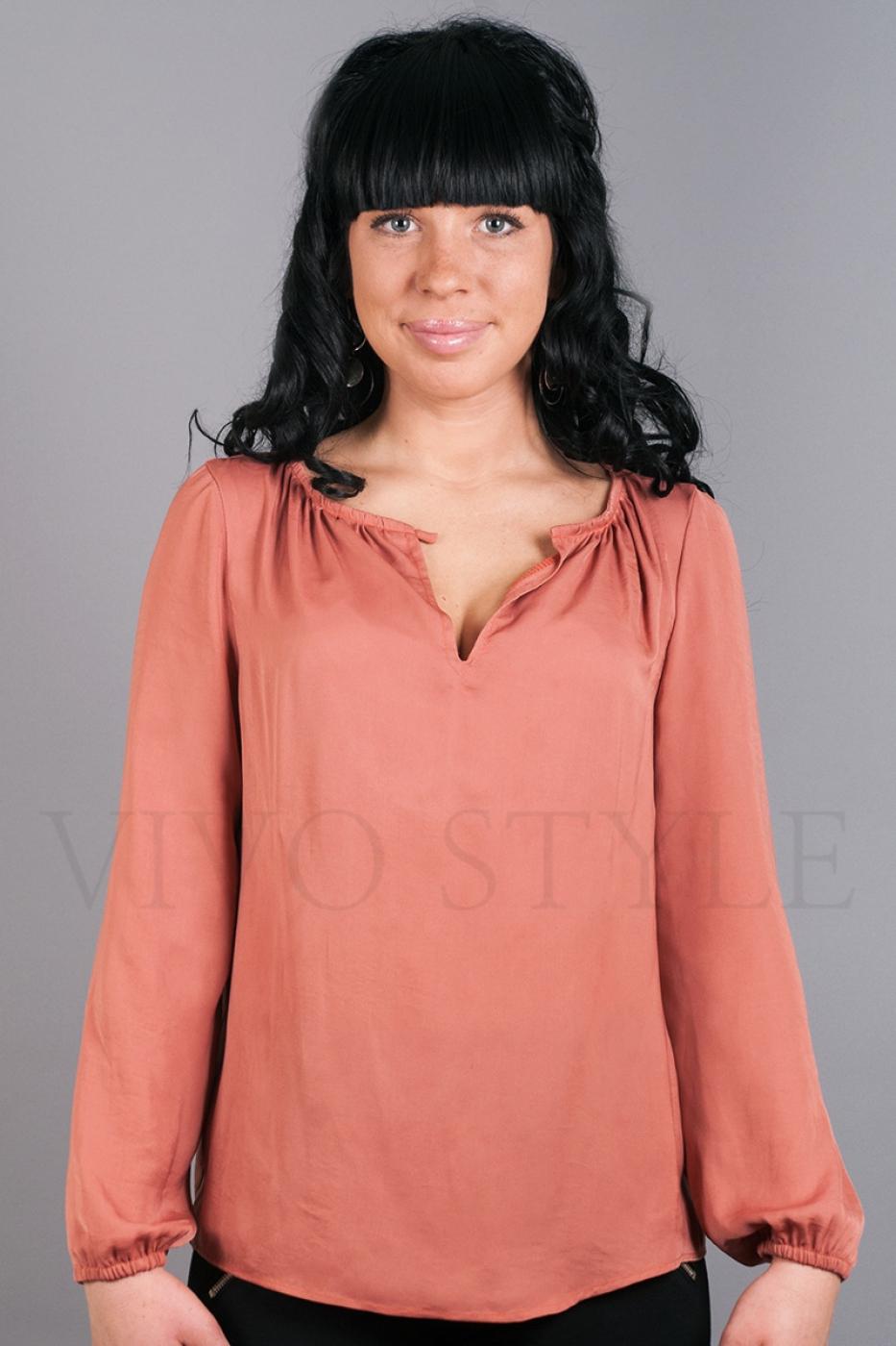 Блуза с длинным рукавом