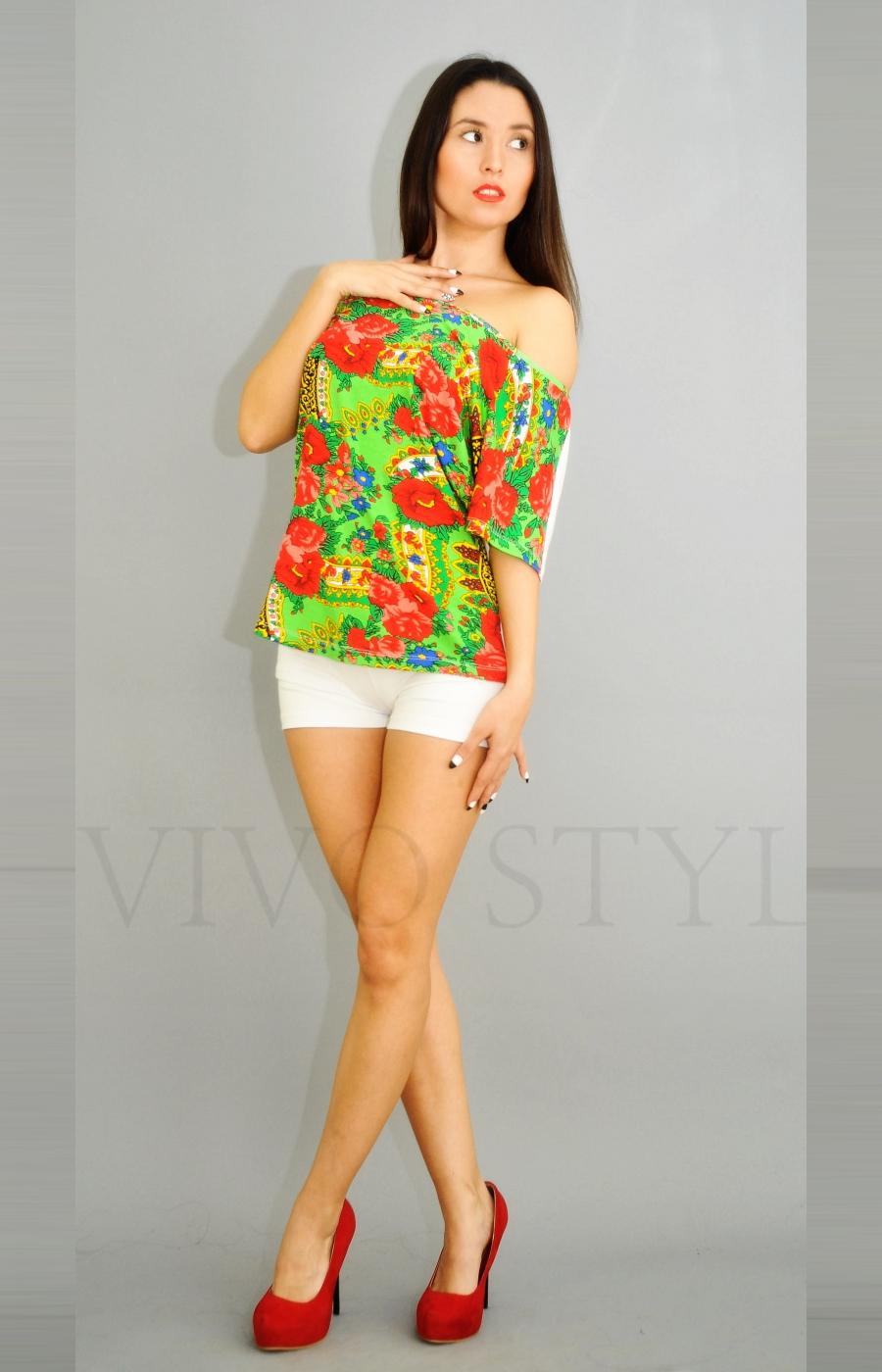 Блуза разных форм и размеров