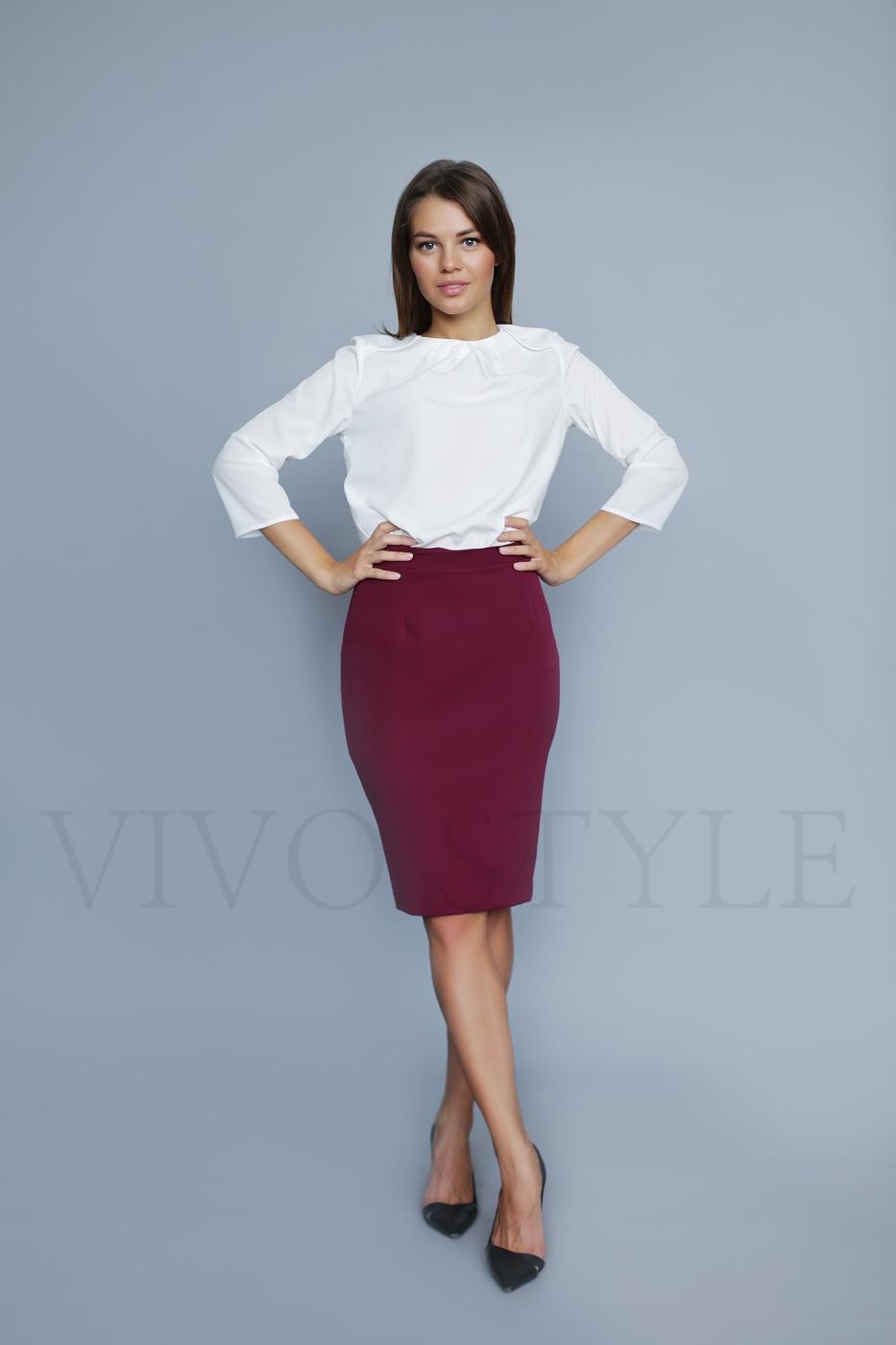 Женская юбка до колена