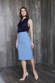 Женская юбка классического кроя 40100K-1