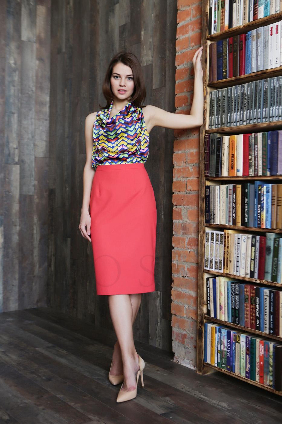 Женская юбка классического кроя