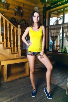 Женская борцовка с цветами 10251-9