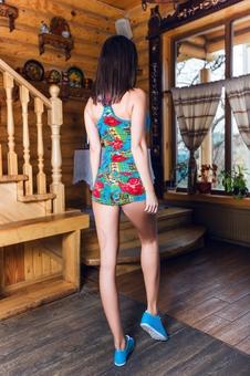Женская борцовка с цветами 10251-4
