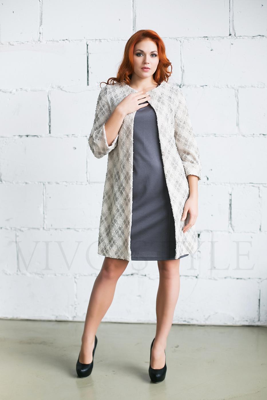 Женское пальто-накидка