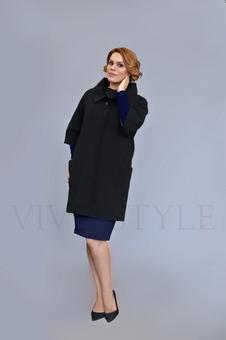Пальто с воротником стойка