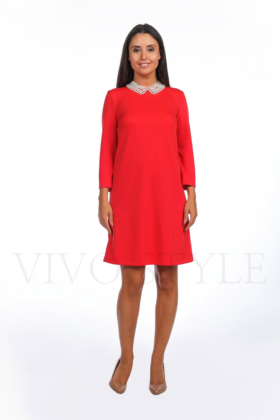 женское платье из объемного трикотажа