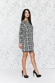Платье расширенное к низу 20157-3