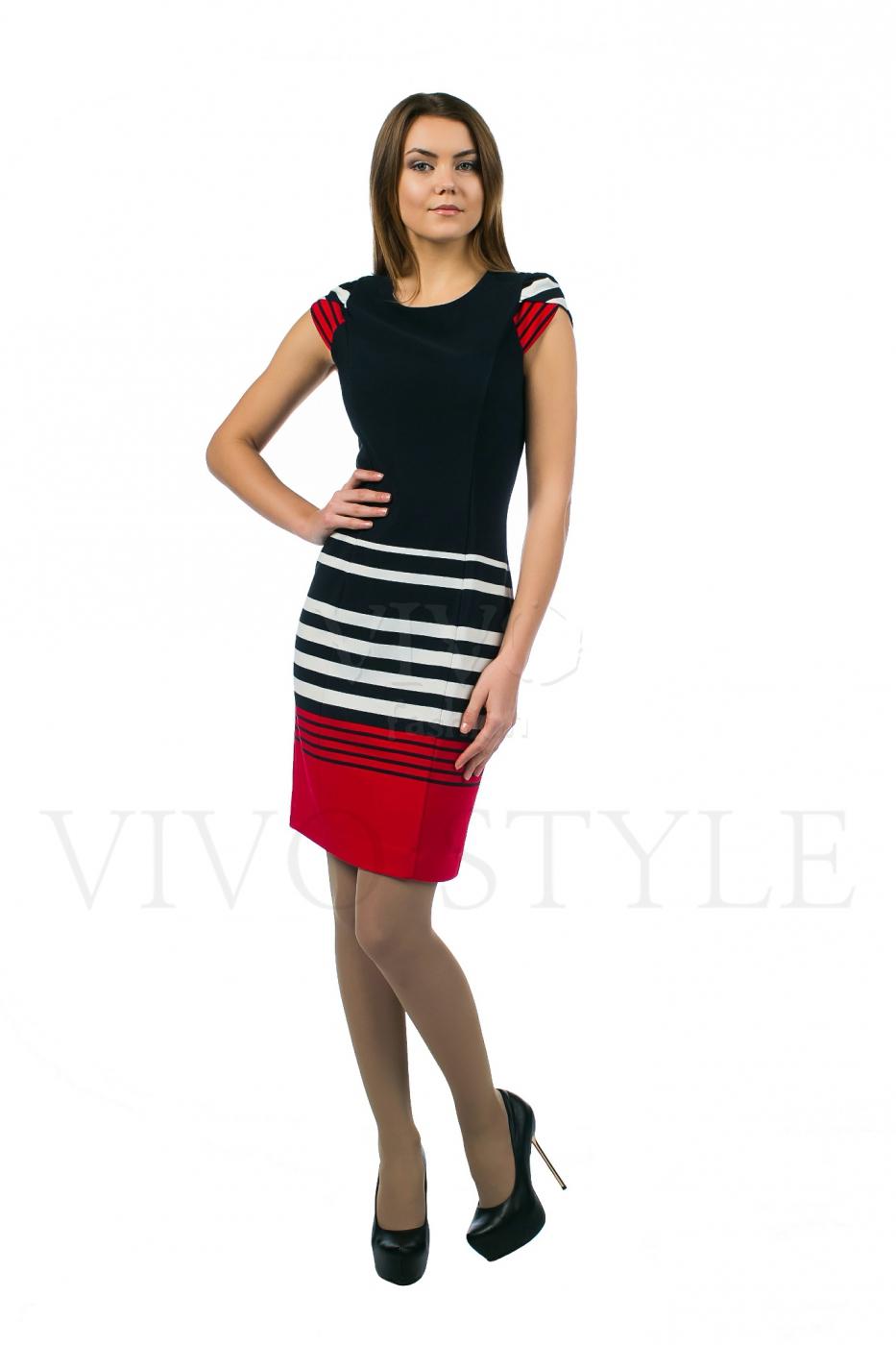 Трехцветное платье с коротким рукавом