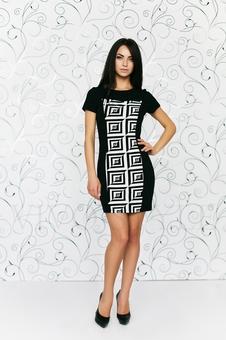 Платье мини с вертикальными рельефами 20194-2