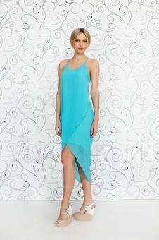 Легкое летнее платье без рукавов 20222-1