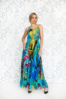 Платье женственное