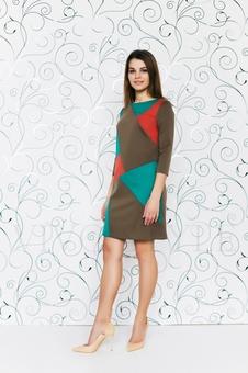 Трикотажное трехцветное платье 20274-8