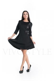 Платье с юбкой клеш