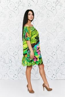 Прямое платье с открытыми плечами 20283-2