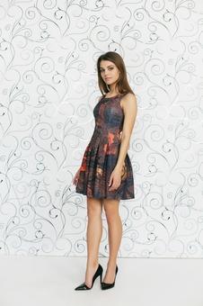 Молодежное платье из фактурной ткани 20284-6