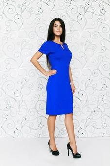 Платье однотонное
