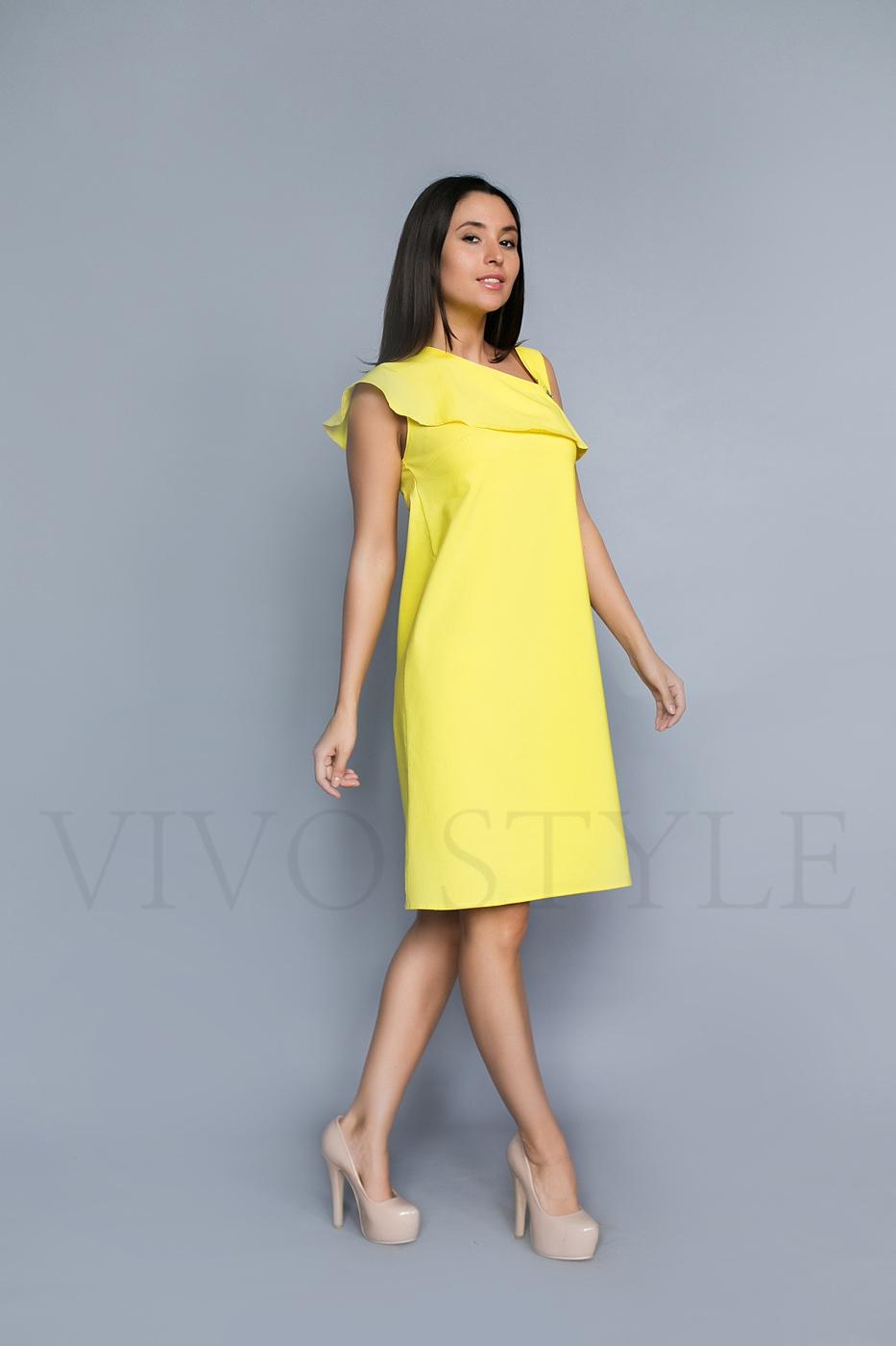 Свободное летнее платье без рукавов
