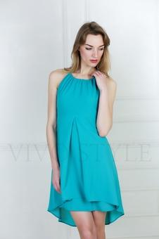 Платье с удлиненным подолом