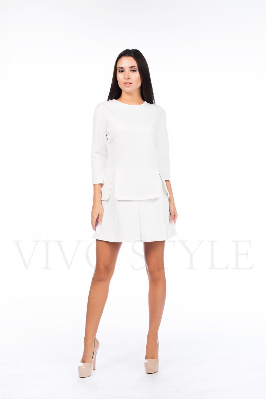 Однотонное короткое платье