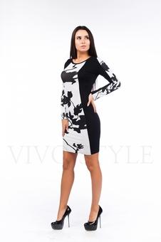 Женское платье с вертикальными рельефами 26046-2