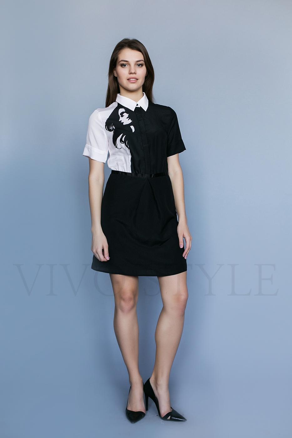 Женское строгое платье с принтом