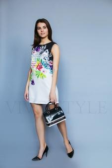 Платье мини с ярким рисунком 26183-2