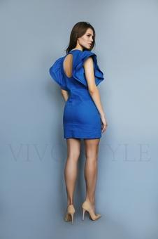 Платье необычное однотонное