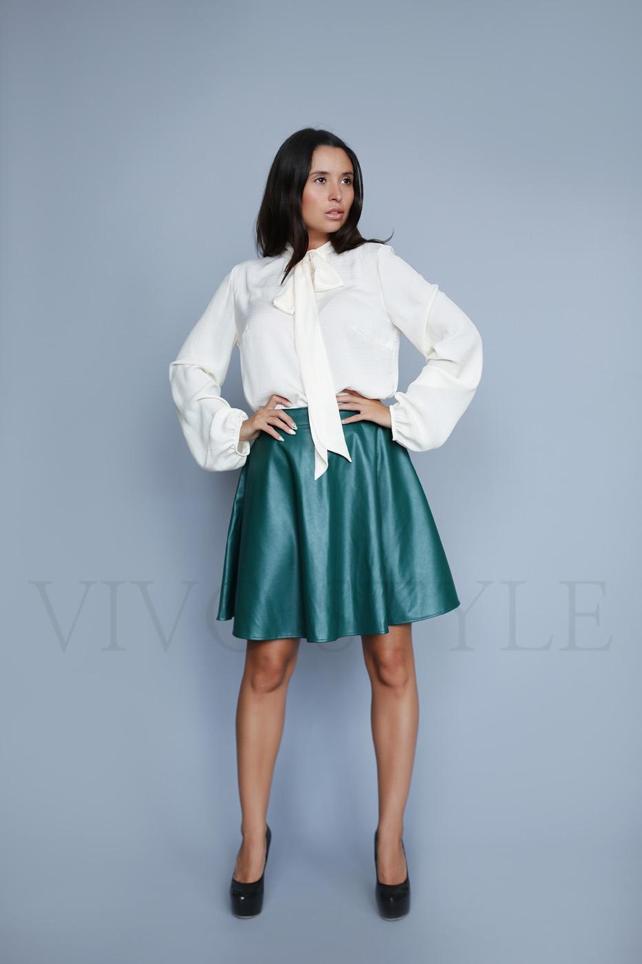 Женская юбка из кожзама